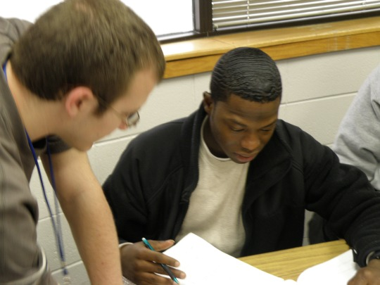 Students get help in writing, math and other subjects at the Learning Center (Sean Graham/The Current)>